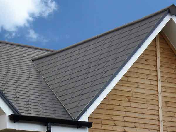 About Lightning Roofing Inc